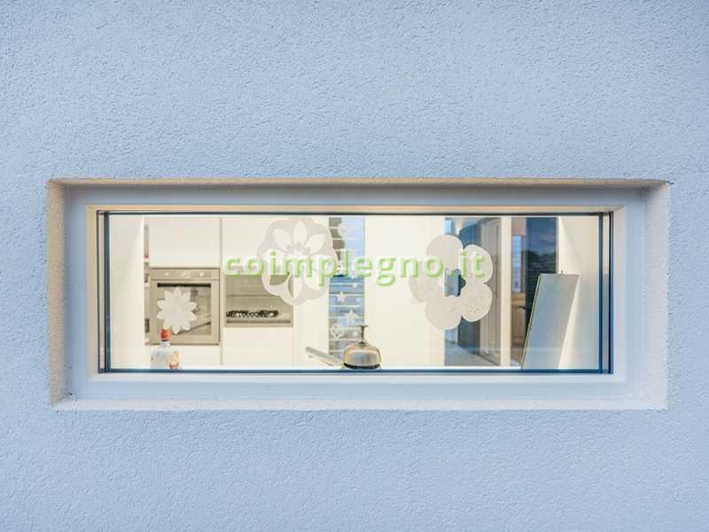 Ampliamento cucina con portico in legno bianco frigole lecce 1